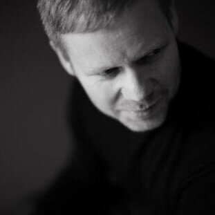 Max Richter Plays Max Richter