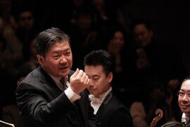 HK Phil & Principal Guest Conductor Yu Long in Shostakovich Symphony no. 5 (19 & 20 September)Featuring cellist Li-Wei Qin in Chen Qigang's Reflet d'un temps disparu for cello and orchestra